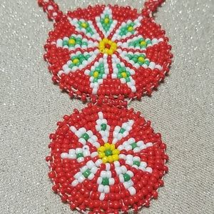 Jewelry - Vintage Hand Beaded Necklace